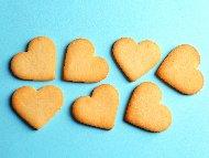 Лесни домашни бисквити с брашно, масло и пудра захар